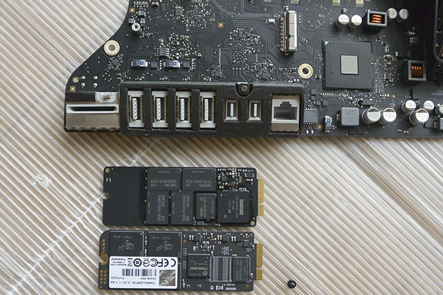 Apple 純正SSD(120GB)とJetDrive720(480GB)