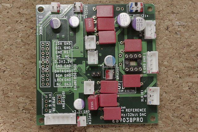 ES9038PRO DAC board through-hole side