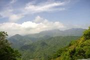 大峯の山々を望む