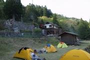 小仲坊のテント場