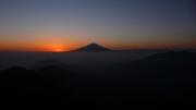富士山に見とれていた