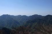 山上ヶ岳と稲村ヶ岳方面