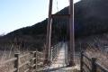 麓の釣り橋