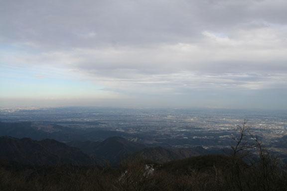 雲が多く視界はイマイチだった