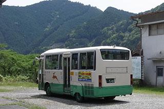 奈良交通が運行していた当時のバス車両