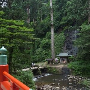 神橋と須賀の瀧