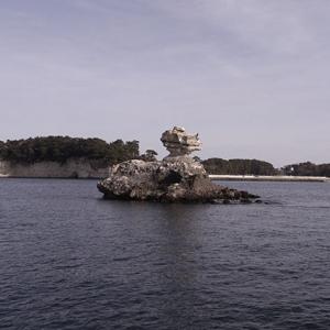 不思議な形の岩礁